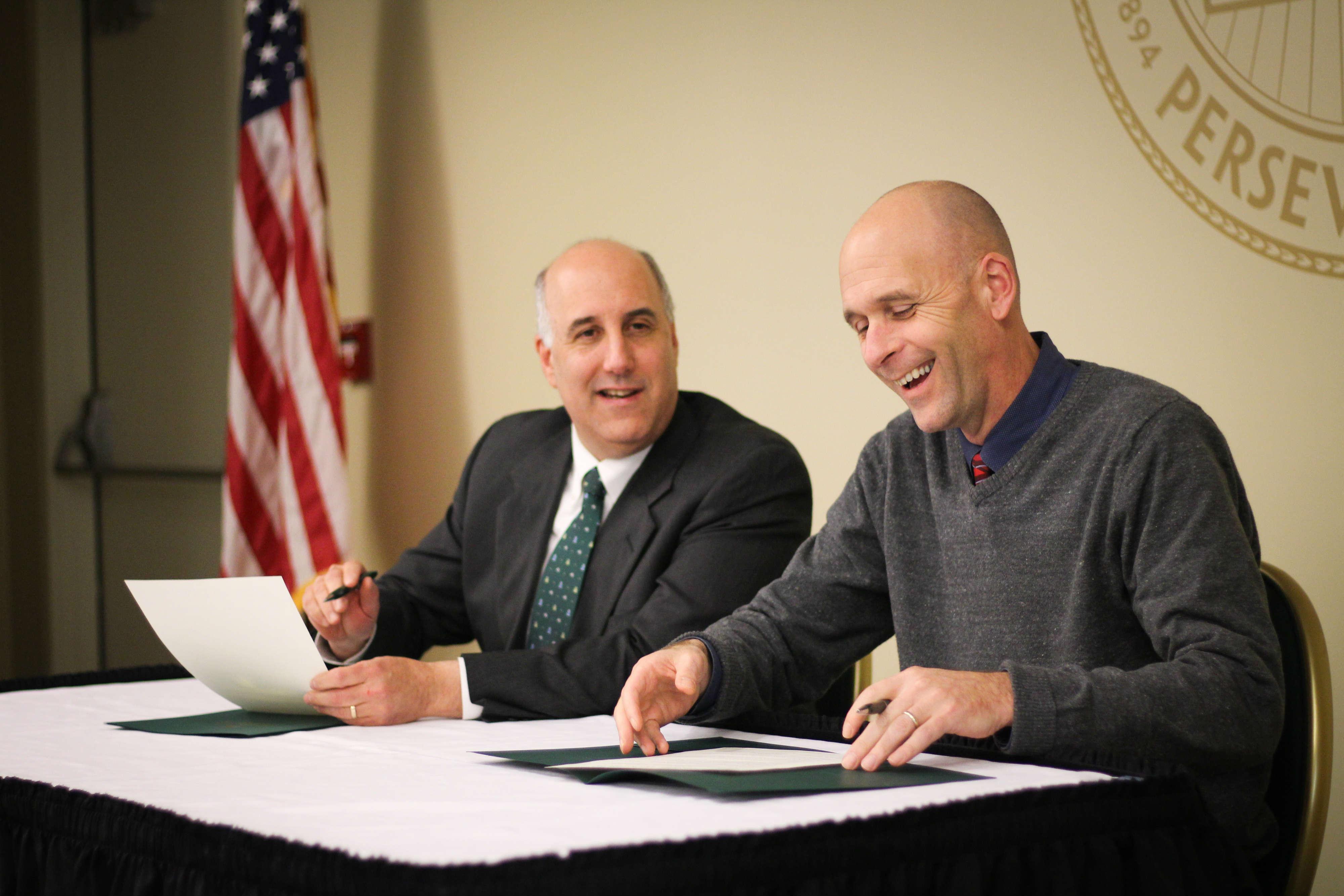 FSU President and MWCC President signing the Nursing program agreement
